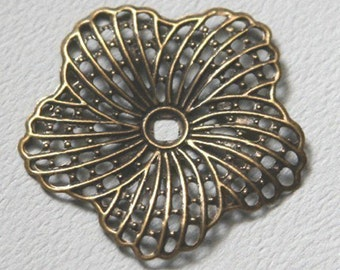 12 pcs of Antiqued Brass hibiscus flower filigree focal 34mm