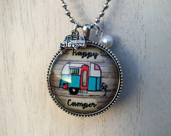 Happy Camper Necklace in Silver with pearl & camper charm