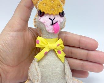 Felt Llama, Llama ornament, felt Alpaca ornament, No Prob Llama, Alpaca stuffed animal, Llama gift, felt animals, Llama lover, Alpaca gift.