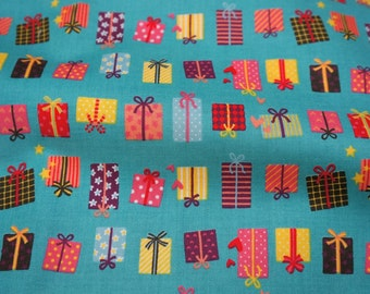 Japanese fabric Gift print Half meter 19.6 by 42 inches    nc34