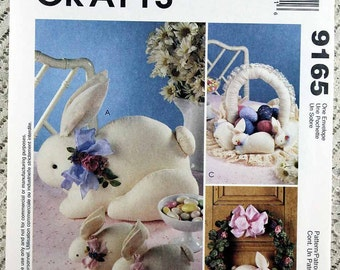 McCall's 9165, Bunny Sewing Pattern, Stuffed Rabbit Sewing Pattern, Easter Decoration Pattern, Uncut
