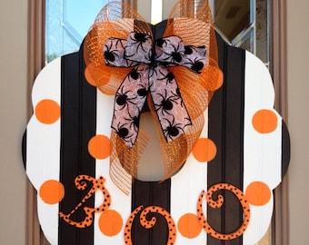 Halloween beadboard wooden wreath
