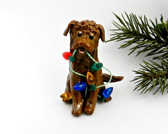 Chesapeake Bay Retriever Porcelain Christmas Ornament Figurine with Lights