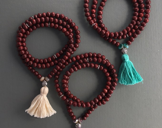 stretch 108 bead mala bracelet with tassel, yoga jewelry, wood bracelet, wrap bracelet, traditional mala, mala beads, yoga bracelet