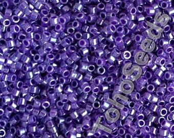 Toho 11/0 Treasure Cylinder Seeds Beads Ceylon Gladiola TT-01-922 Cylinder Rocailles Lilac Lavender Violet