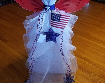 Angel mesh with lights red white and blue