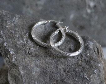 """Vintage Sterling Silver Swirl hoop earrings, 1"""" diameter, estate earring"""
