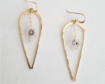 Herkimer Diamond Quartz Earrings, Gold Quartz Earrings, Quartz Earrings Dangle, Long Gold Earrings, Hammered Earrings, 14 K Gold Filled