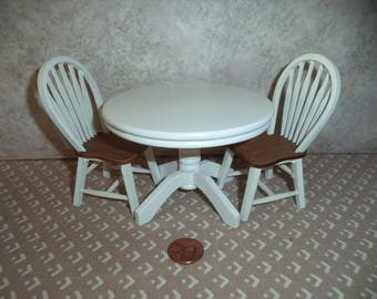 1:12 scale Dollhouse Miniature White Round Kitchen table and chairs