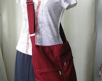 Sale - Zipper Closure Maroon Cotton Twill Messenger Bag, cross body bag, diaper bag, tote, women - CAITLYN
