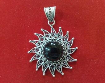 Sterling Silver Pendant, Black Onyx Pendant, Vane Silver Pendant, Vane Black Onyx Pendant Flower Pendant, Sun Pendant, Hand-crafted Pendant,