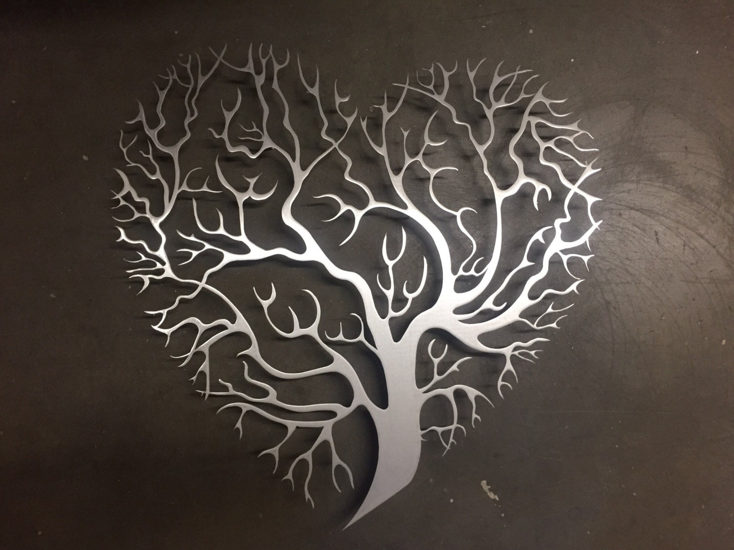 Ordinaire Description. Heart Shaped Tree Metal Wall Art ...