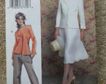 Vogue pattern V7859 The Vogue Woman Size 12-14-16