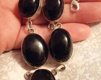 Sterling Silver Necklaces / Black Onyx Necklaces / Vintage Necklaces / Stone Necklaces (Item#EN549)