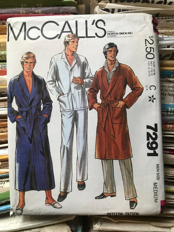 McCall\'s 80s House Robe Sewing Pattern / Vintage Retro