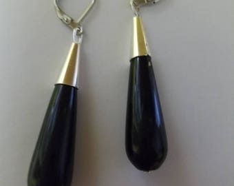 drops black onix and silver plated .