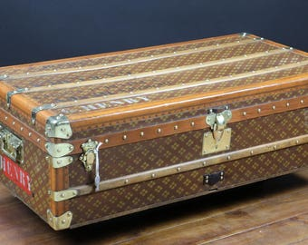 """1920s French Brand Cabin Trunk from """"Aux etats-unis"""""""