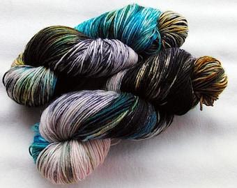 Handpainted  DK Sock Yarn, 75 Wool , 25 Nylon 200g 7.0 oz.  Nr. 158
