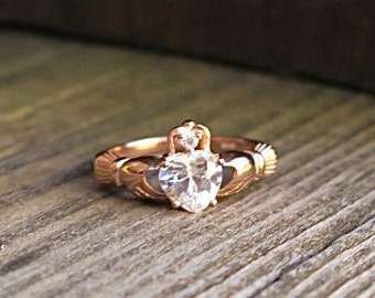 Beautiful Vintage Rose Gold over 925 Sterling Silver CZ Claddagh Ring
