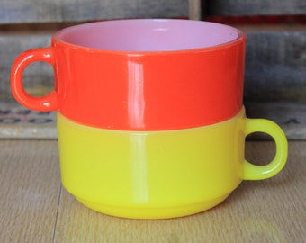 Beautiful Bright Colored Vintage Stackable Soup Mug Chili Bowl by Glasbake