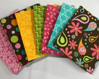 7 coordinating Paisley Themed Fat Quarters for quilting and crafts.........NEW.........100% Cotton