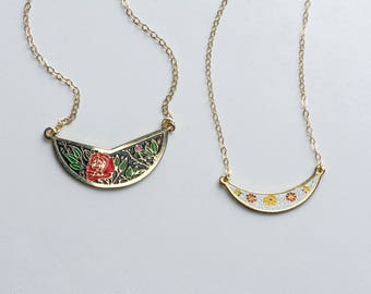 Vintage Collar Red Rose Necklace, Summer Jewelry, Small Flower Pendant, Layering Rose Jewelry Cloisonné, Boho Chic Necklace