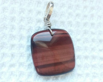 Handmade pendant in natural red tiger eye on silver 925