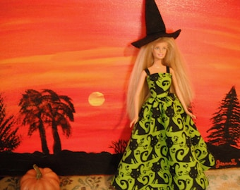 Barbie Doll Halloween Witch Dress Costume / Halloween / Holiday / Witch Costume / Witch Hat and Dress /Doll Clothes