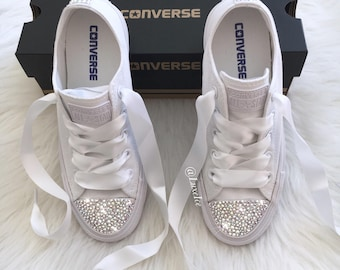 Converse All Star Chuck Taylor - Adult Sizes - White Monochrome with SWAROVSKI® Xirius Rose-Cut Crystals AB.