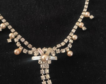 Rhinestone necklace and earrings set (est.1950s)