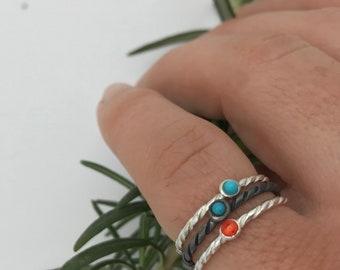 Silver mini turquoise ring or enamel.