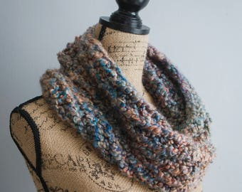 Boucle Cowl in Painted Desert