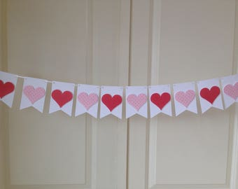 mini Valentine heart banner