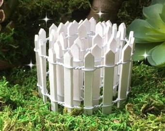 "Fairy garden fence, miniature garden, miniature fence, fairy picket fence, TINY fence, micro mini fence, 1"" fence, mini picket fence"