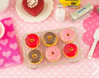 Made to Order Valentine's Day Doughnuts - Half Dozen - 1:12 Dollhouse Miniature