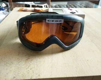 Wonderful CEBE ski snowboard goggles, high quality made in France