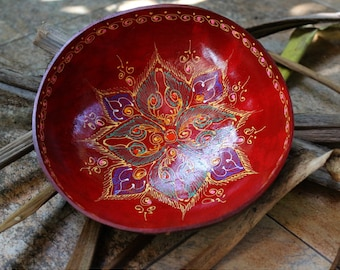 Coconut Bowl Hand Painted Classic Oriental Decorative Multipurpose Handmade Coconut Shell Wood Bowl (PC45)