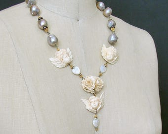 Gray Baroque Pearls EcoIvory Cherubs Necklace - Les Anges Espiegles Necklace