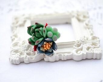 Succulent planter ring. Green grey succulent ring jewelry. Rustic botanic ring. Bridesmaid succulent ring. Clay succulent ring. Cactus ring