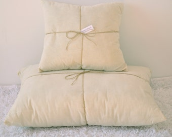 Wool Filled Pillow Insert / Throw Pillow Insert / 100% Unbleached Cotton Zippered Case and Pure Wool Filling / Any size you need