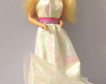 Vintage 1987 Barbie Doll by Mattel