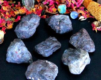 ONE Tumbled Lodestone Crystal - Chakra Healing Crystal,Meditation Stone, Base Chakra,Magnetite Tumbled, Magnetite Rock, Feng Shui Gift, Yoga