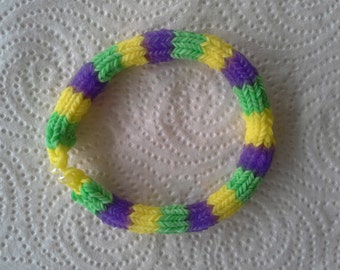 Rainbow Loom MARDI GRAS Bracelet For Adult.  Six-point Hexafish Design In Green, Yellow,and Lavender.  Celebrate In Style!