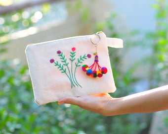 Cactus Zipper Pouch, School Supplies Bag, Best Friend, Accessories case,Hand Embroidered Coin Purse, Makeup Pouch, Girly gift, Canvas Pouch