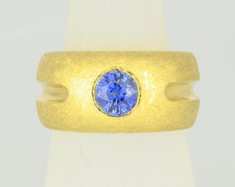 Ring • Sapphire • gold