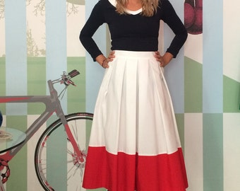 SKIRT FIFTIES WOMAN, Wide Maritime Skirt, Fifties Silhouette, Colorblock White and Red, Pleats, Gold Button, Fancy, Summery