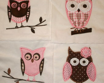 """Appliqued Minky Quilt Squares """"  Whoo Loves You"""""""