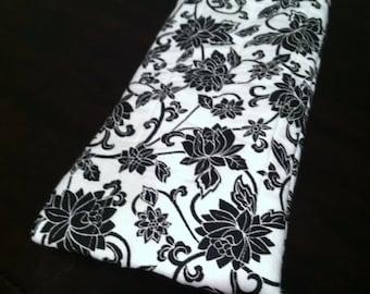 Black and white flower eye glass case