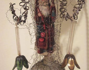 Victorian Wire Wrapped Unsilvered Hot Air Balloon with Santa Diecut Christmas Ornament