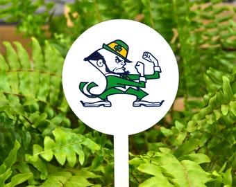 SALE--Notre Dame Fighting Irish Garden Decor/Garden Art/Gardening/Garden Stake/Mom Gift/Home Decor/Flower Pot/Flower/Garden Sculpture